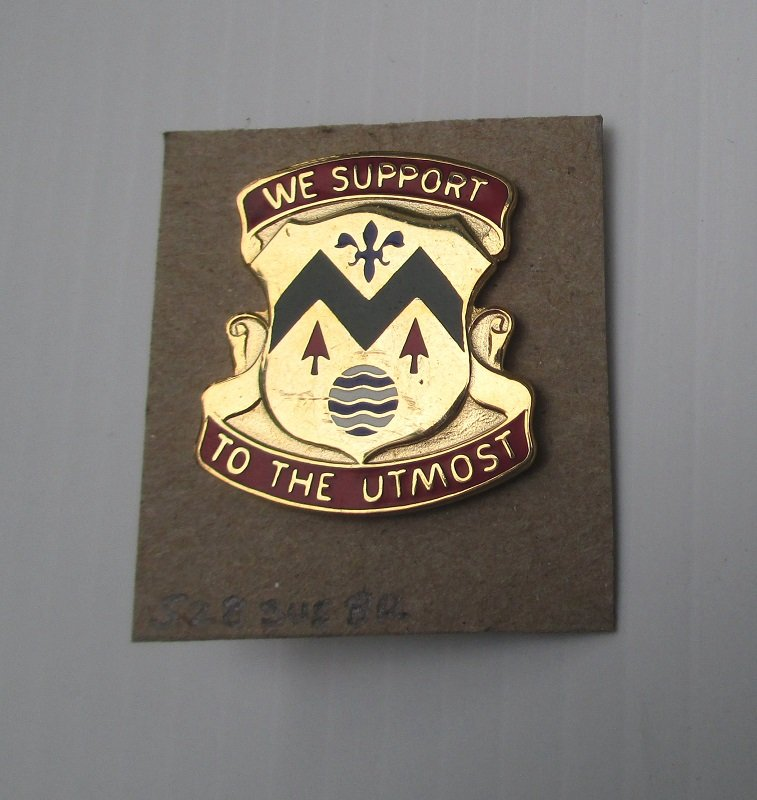 U.S. Army Sustainment Brigade DUI DI insignia metal pin, We Support To The Utmost. D-22 Made in U.S.A. Worn on Army Uniforms and caps. Excellent condition. Estate find.