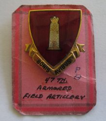 47th Armored Field Artillery Enamel Insignia DUI Pin, 1940s