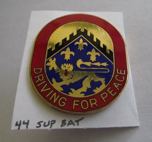 44th U.S. Army Support Battalion Driving For Peace insignia metal pin. Excellent condition. Denmark D-22. Worn on Army Uniforms and caps.