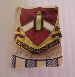 28th Field Artillery Pin, Vietnam Era, We Support The Line
