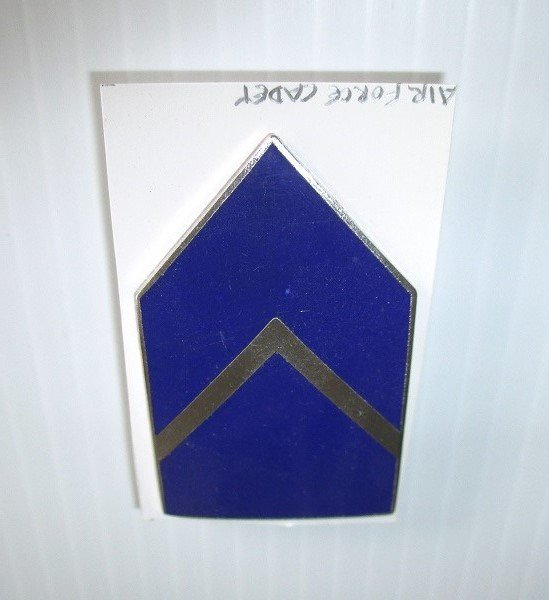 U.S. Air Force Enamel Rank pin. Designates Cadet Second Lieutenant. I.I.C., G.I. Worn on Air Force Uniforms. Excellent condition. Estate find.