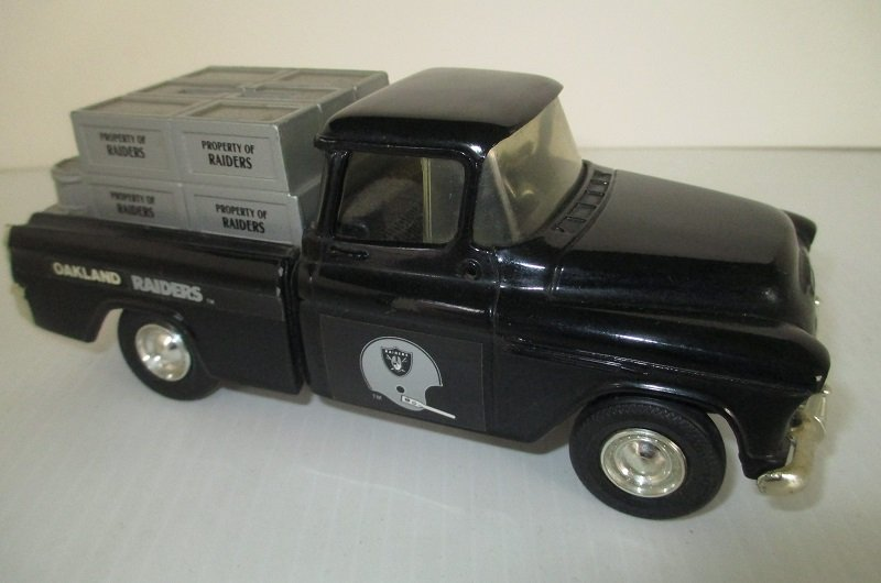 Nfl Toy Trucks : Oakland raiders ertl chevy pickup truck coin bank