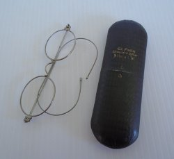 Old wire eyeglasses from German optician Ed Fiedler, Altena