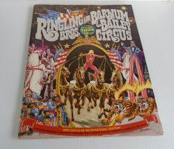 Ringling Bros Barnum & Bailey Circus 1975 Program Magazine