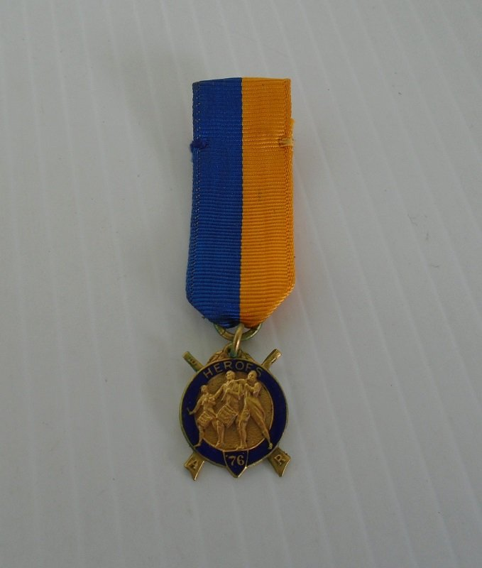 Vintage Dieges & Clust Masonic Medal. National Sojourner Heroes of '76. Gold colored pendant with blue enamel on a blue and yellow ribbon.