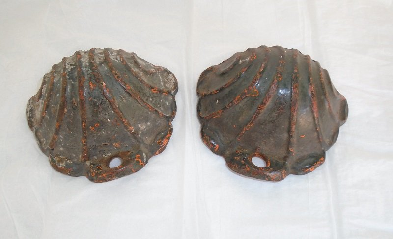 Antique cast Iron Wall Pockets removed from a 1890s Victorian house in Oakland California. 19th Century, set of 2. Offered by kenoticket.