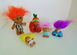 Trolls, Qty of 5, Caveman Halloween Wind-up Easter Egg Baby