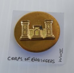 1 Corps Of Engineers, U.S. Army WWII Collar Pin Button