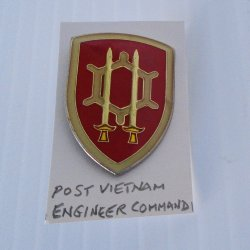 1 Engineer Command, U.S. Army Post Vietnam Insignia Pin