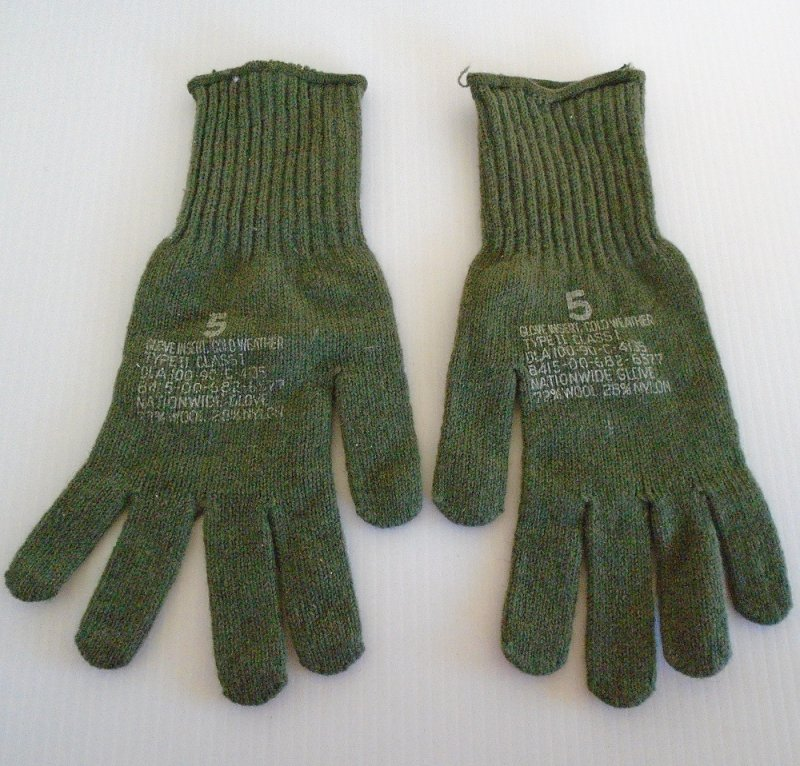 Wool (72%) glove inserts. Military issue. Great also for the hunter, skier, or anyone who has to be out in the cold weather. Size 5. Never used.