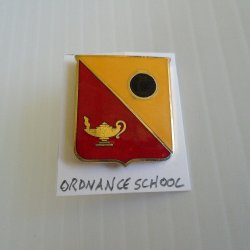 '.Army Ordnance School DUI pin.'
