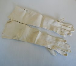 Antique Garanti Chevreau Evening Opera Gloves, Sz 7 Unused