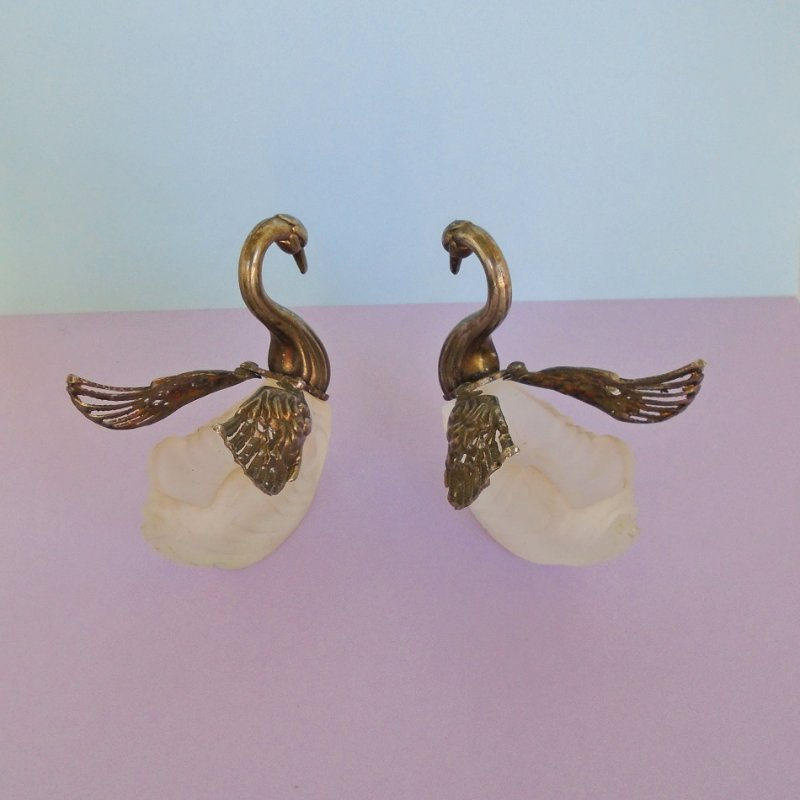 Set of 2 Silver Plate and Crystal Swan Salt Cellar, Lipstick holders, various uses. 3 inches. Estate purchase, unknown date or maker.