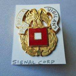 1 Signal Corp, U.S. Army DUI Insignia Pin, One Flag