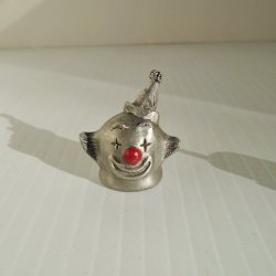 Clown in Birthday Hat Pewter Thimble, Spoontiques