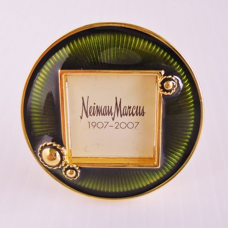 Small 2 inch round picture frame designed by Jay Strongwater for Neiman Marcus 100th anniversary, 1907-2007. Enamel. Never used.