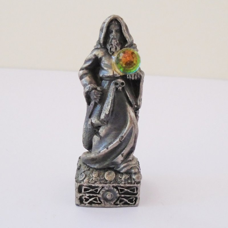 Front view, Gorham Magic Crystal Chess pieces White Bishop. Complete with Swarovski faceted crystal ball. 2.5 inches tall. Holding a dagger.