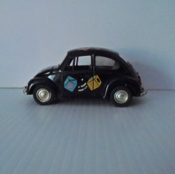 Volkswagen VW Beetle Bug Diecast Pull Back and Go, w/ Dice