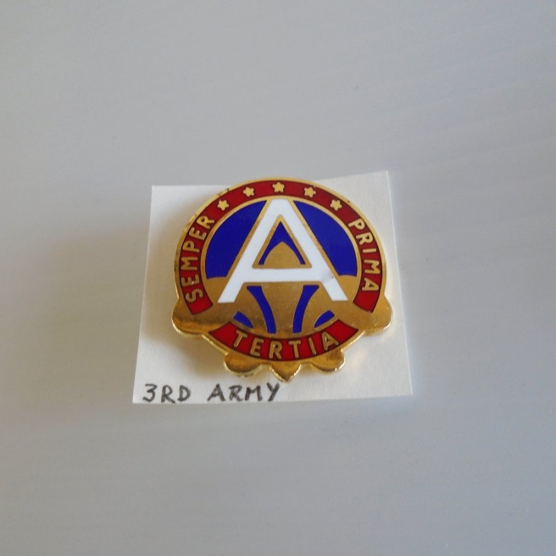 3rd US Army Tertia Semper Prima enamel DUI Insignia Pin. Unknown era. Estate purchase.
