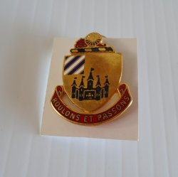 3rd Supply Battalion DUI Insignia Pin, Roulons Et Passons