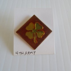 '.4th Army DUI Insignia Pin.'