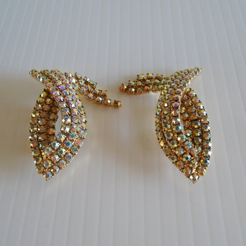 Shoe Clips, fish shaped. Aurora Borealis Rhinestones. Circa 1950s. Looks to be never worn.