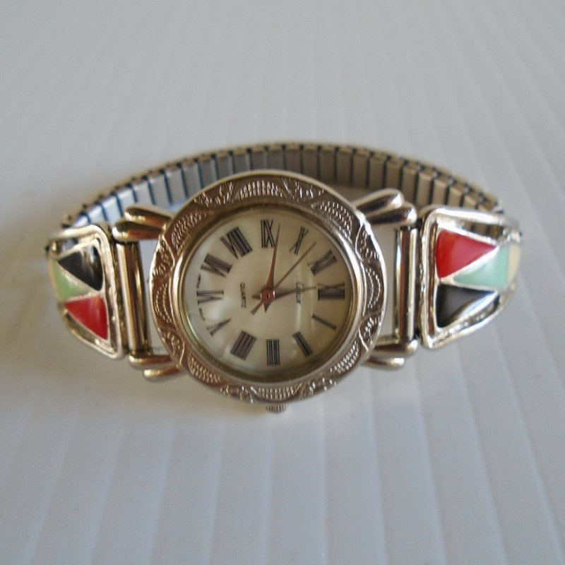 Southwest style ladies watch. Collezie brand. Silver in color. Vintage estate purchase.