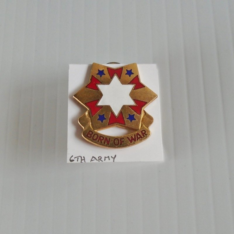 6th US Army DUI insignia pin. Has the motto