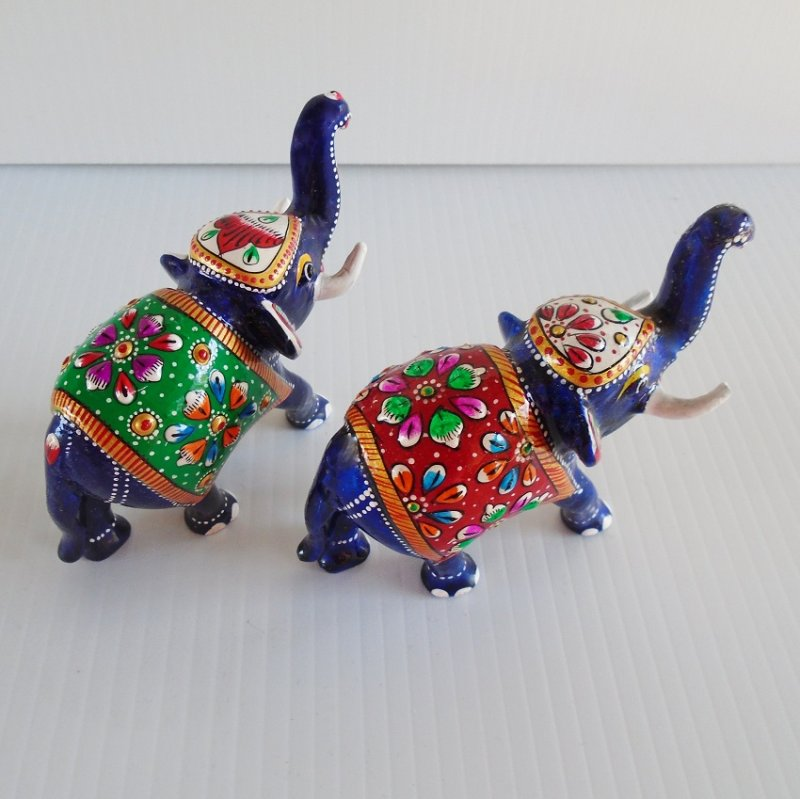 Set of 2 cloisonne enamel painted elephants. Stands 3.5 inches tall. Unknown age, estate find.