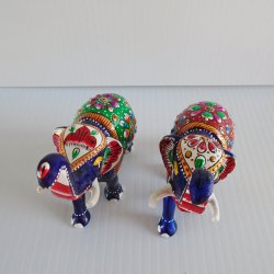 '.Enamel Cloisonne Elephants.'