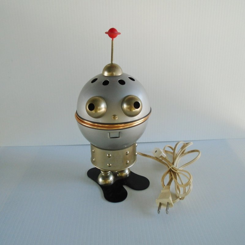 Alien Man table top night light lamp. Vintage mid century robot, sputnik, atomic alien. Great working condition. Estate purchase