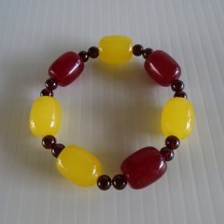USC Trojans Spirit Bracelet, 3 Red 4 Yellow Lrg Glass Beads
