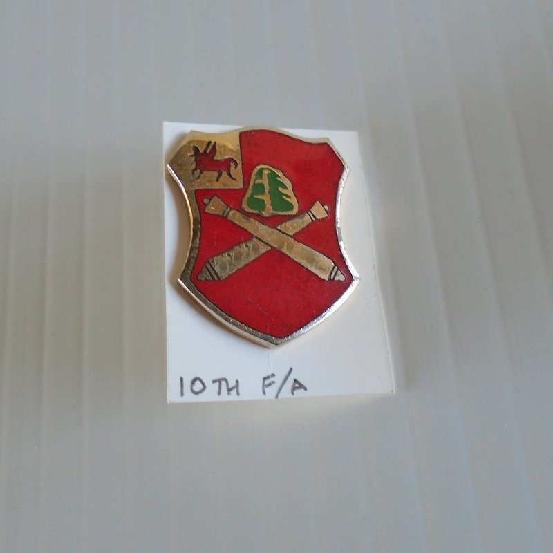 10th US Army Field Artillery DUI insignia pin. Marked Denmark N.Y. D22. Estate purchase.