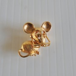 Mouse Wearing Movable Glasses, Goldtone Avon Pin