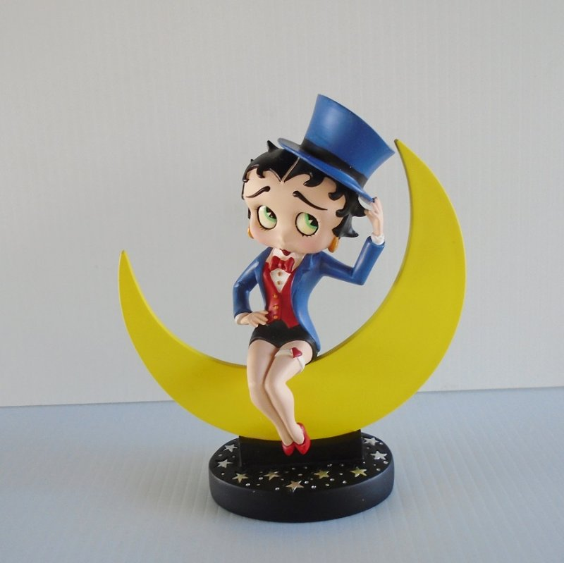 Betty Boop Moonglow statue. Betty sittin on the moon in top hat and tuxedo tails. Never displayed. Estate find.