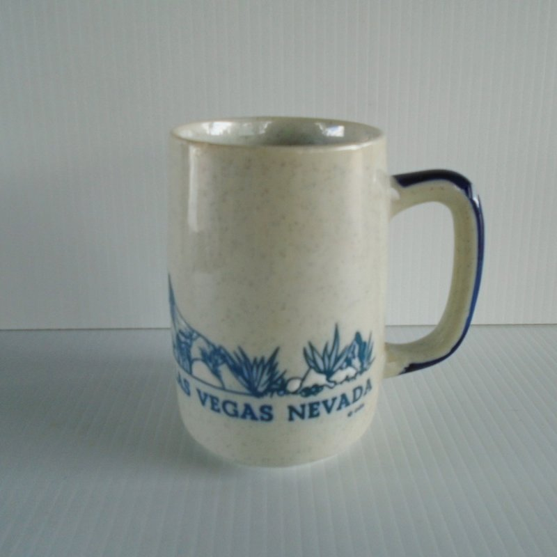 Las Vegas casinos stoneware mug. Features closed casinos Dunes, Sands, Hacienda, and several others. Pre 1993. Never used, displayed only. Estate purchase.