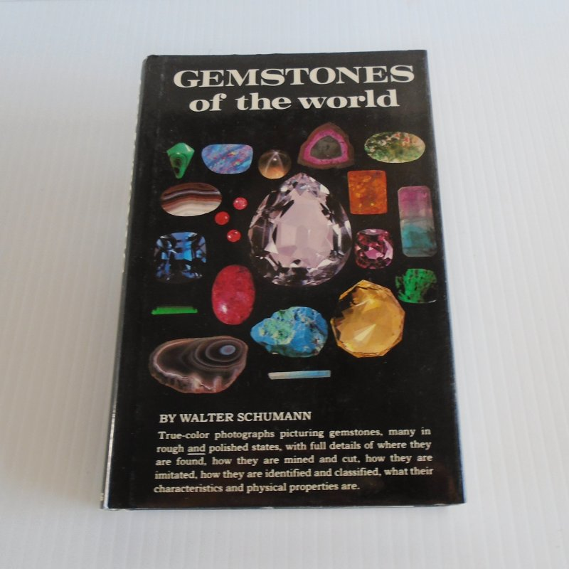 Gemstones of the World by Walter Schumann. Picturing over 1400 specimens, 256 pages. Fully indexed.