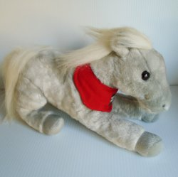 Wells Fargo Legendary Plush Horse Shamrock, 2013