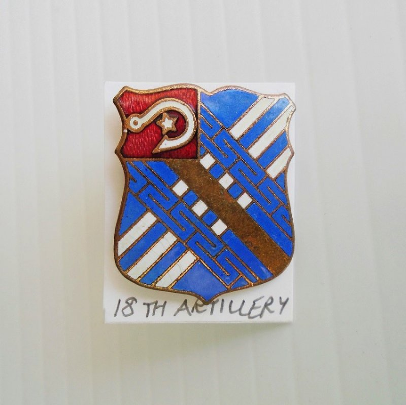 18th US Army Artillery WWI-WWII era DUI insignia pin. Made in Germany by the Carl Poellath Company. Hallmarked with the letter P.