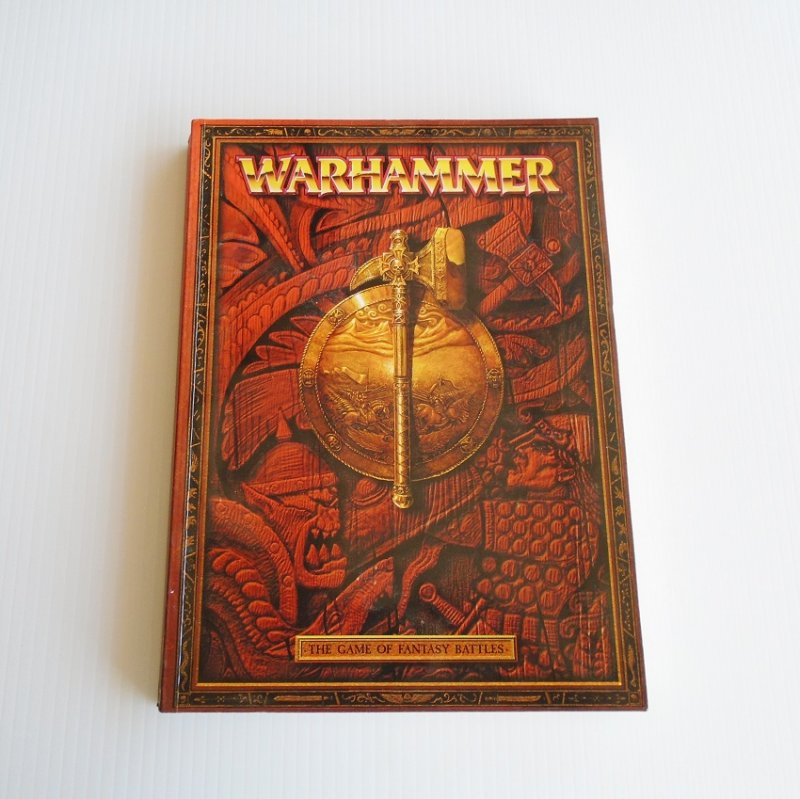 Warhammer, Game of Fantasy Battles book. Rules, guides, color photos. Magic, Scenarios, Terrain info, appendix. 288 pages. Pre-owned.