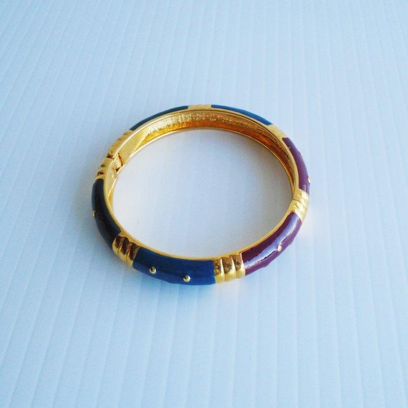 Joan Rivers enamel hinged bangle bracelet. Signed. Maroon, green, and blue. QVC. Estate find.