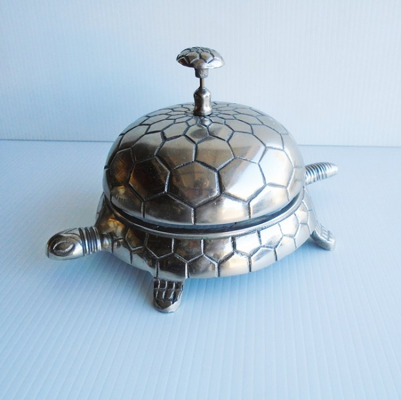 Large Turtle hotel desk type bell. LOUD!! Metal, 6 by 10 inches. Vintage estate sale find.