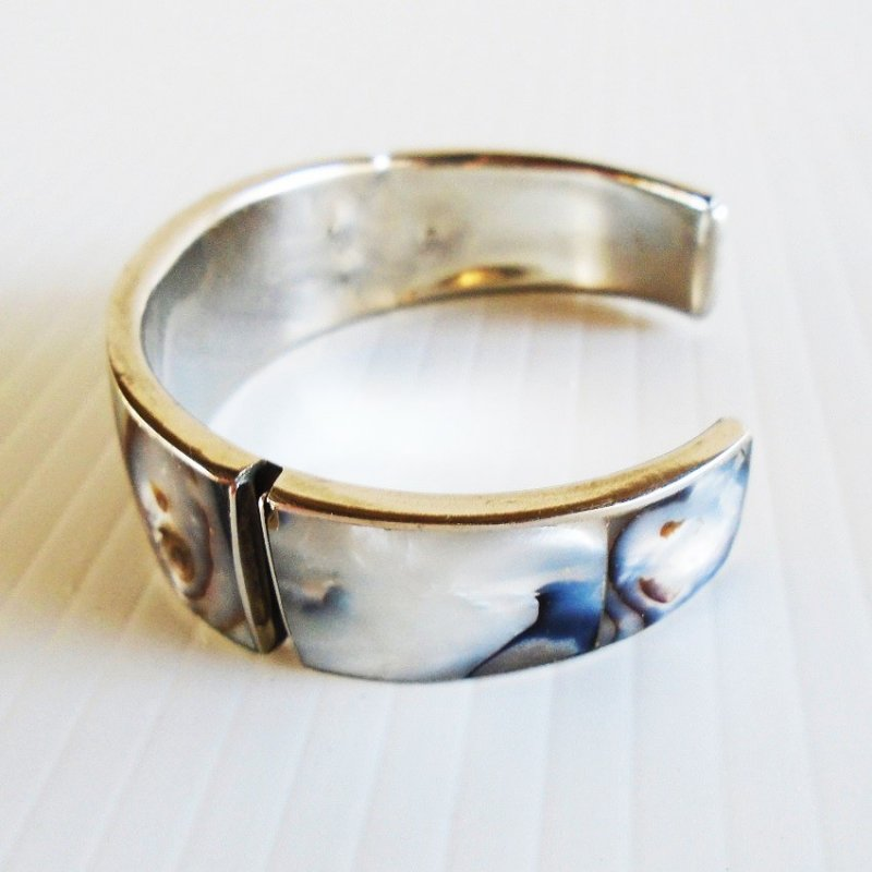 Mother of Pearl or Abalone cuff bracelet. Estimated to be 1980s