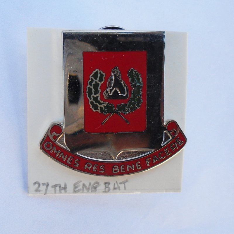 27th U.S. Army Engineers DUI Insignia Pin. Omnes Res Bene Facere motto. 1974 to present timeframe