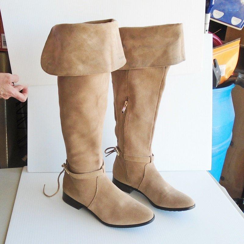 White House Black Market knee high suede boots. Size 9M medium.