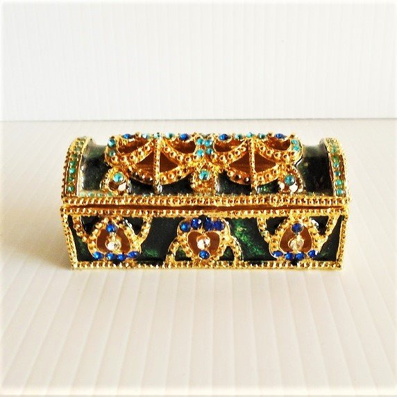 Treasure Chest trinket box titled 'Jade'. Jeweled, enamel, hinged, pewter. New, never used. Objet d'Art, Artform, Work of Art, Release 3