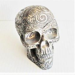 Human Gothic Skull Ashtray with Lid