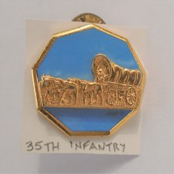 35th US Army Infantry DUI Insignia Pin, E25