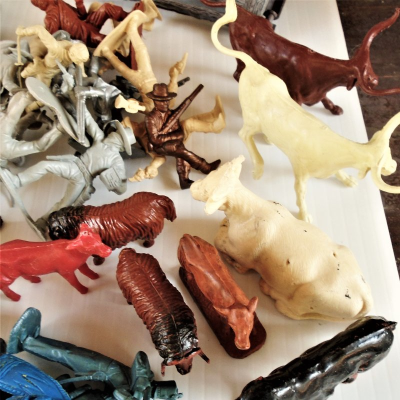 128 pieces of various 1950s western playsets. Tim Mee, MPc, Lone Ranger, etc. Cowboys Indians, Animals, accessories. Estate purchase.