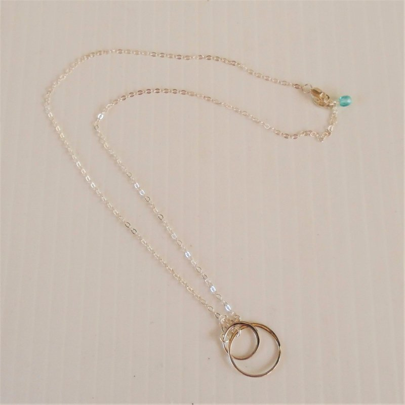 Efytal, Sterling Silver 925 Friends Interlocking Circles Necklace. For best friends, girl friends, wife, or that special lady.